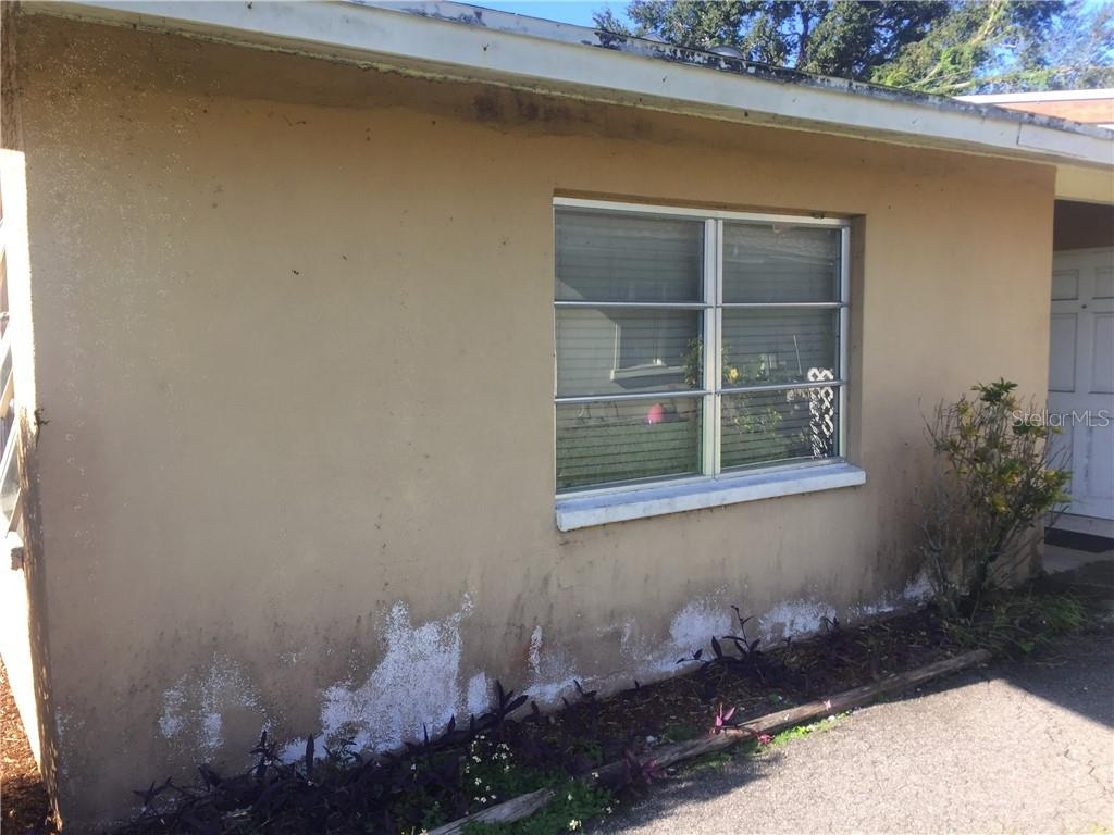 Duplex/Triplex for sale at 3916-3918 Freedom Ave, Sarasota, FL 34231 - MLS Number is A4447918