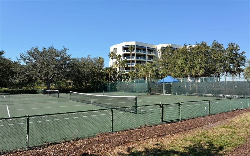 Fairway Bay Tennis Courts - Condo for sale at 2020 Harbourside Dr #422, Longboat Key, FL 34228 - MLS Number is A4449537