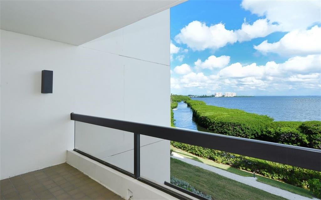 Porch - Condo for sale at 2020 Harbourside Dr #422, Longboat Key, FL 34228 - MLS Number is A4449537