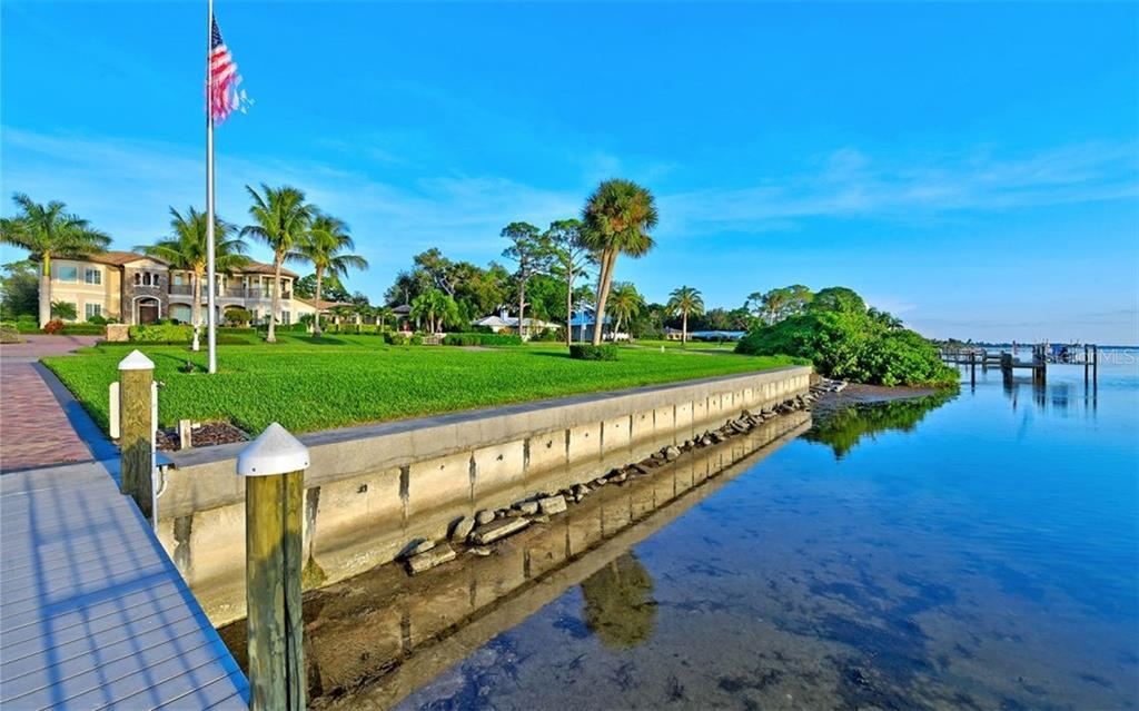 Single Family Home for sale at 7903 Longbay Blvd, Sarasota, FL 34243 - MLS Number is A4449717