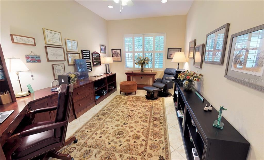 Office/den - Single Family Home for sale at 7288 Lismore Ct, Lakewood Ranch, FL 34202 - MLS Number is A4449934