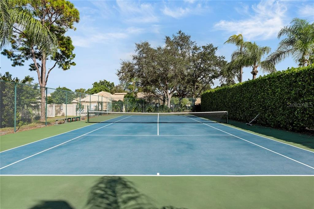 Townhouse for sale at 3431 57th Avenue Dr W, Bradenton, FL 34210 - MLS Number is A4450300
