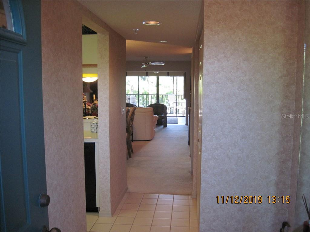 foyer entry - Condo for sale at 5525 Ashton Lake Dr #5525, Sarasota, FL 34231 - MLS Number is A4451290