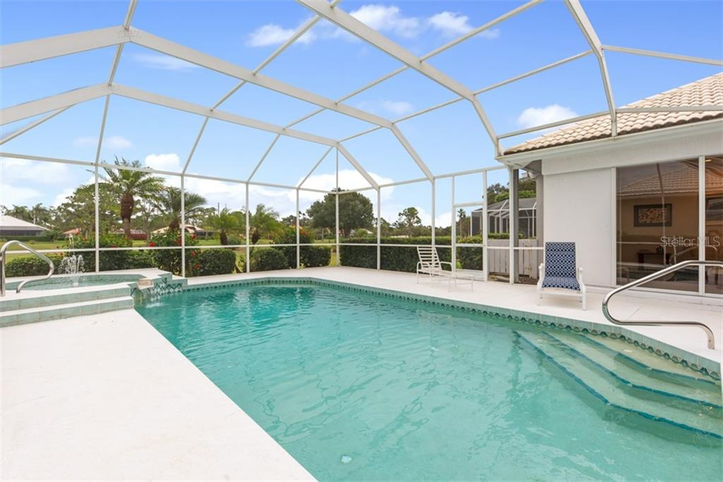 Single Family Home for sale at 577 Khyber Ln, Venice, FL 34293 - MLS Number is A4455349