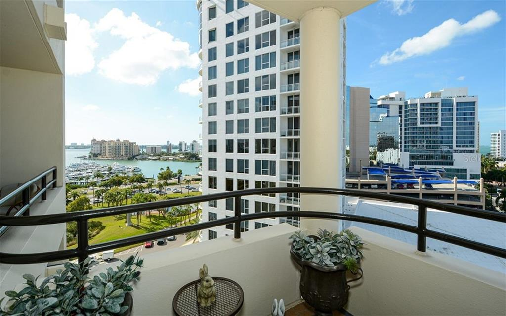 Condo for sale at 1255 N Gulfstream Ave #1001, Sarasota, FL 34236 - MLS Number is A4456325