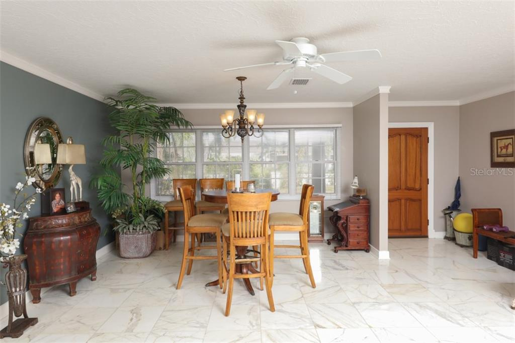 New Attachment - Single Family Home for sale at 114 N Warbler Ln, Sarasota, FL 34236 - MLS Number is A4456336