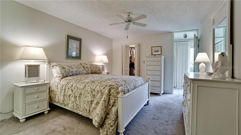 MASTER SUITE HAS LARGE WALK IN CLOSET PLUS EN SUITE BATHROOM. ALL FURNITURE INCLUDED IN SALE. - Condo for sale at 6700 Gulf Of Mexico Dr #116, Longboat Key, FL 34228 - MLS Number is A4456442