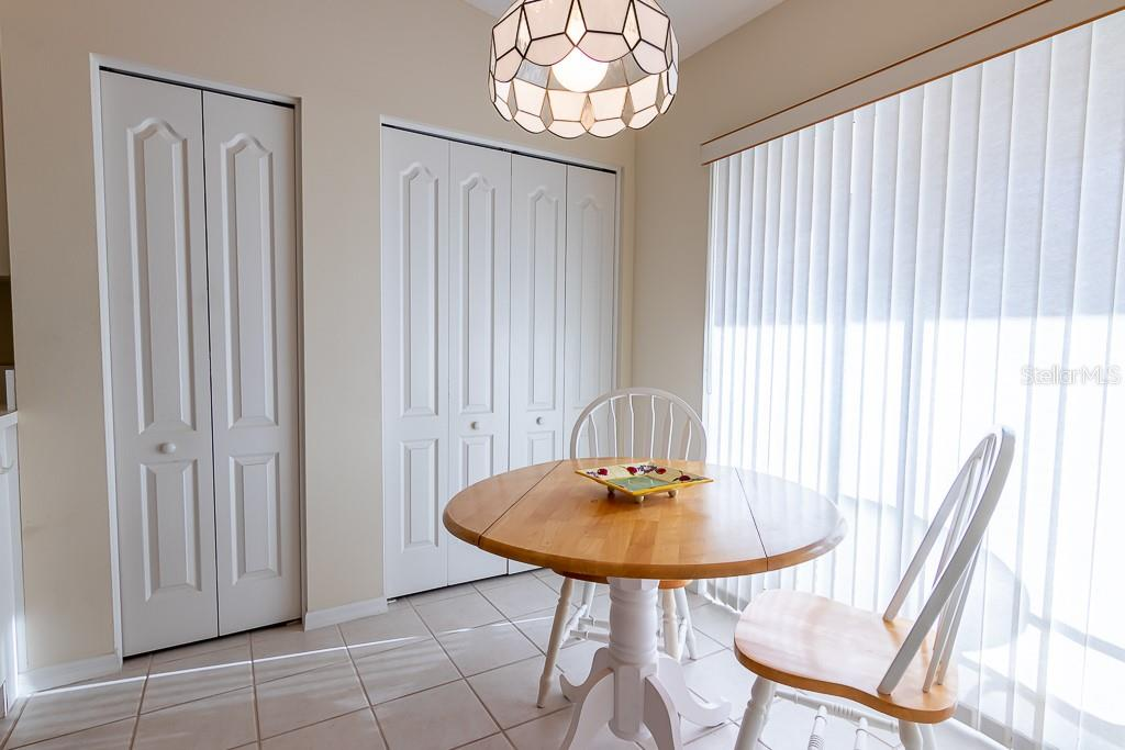 Dinette in kitchen w/double pantry closets - Condo for sale at 9570 High Gate Dr #1722, Sarasota, FL 34238 - MLS Number is A4457005