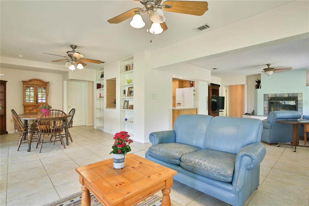 Single Family Home for sale at 3607 51st St E, Bradenton, FL 34208 - MLS Number is A4461209