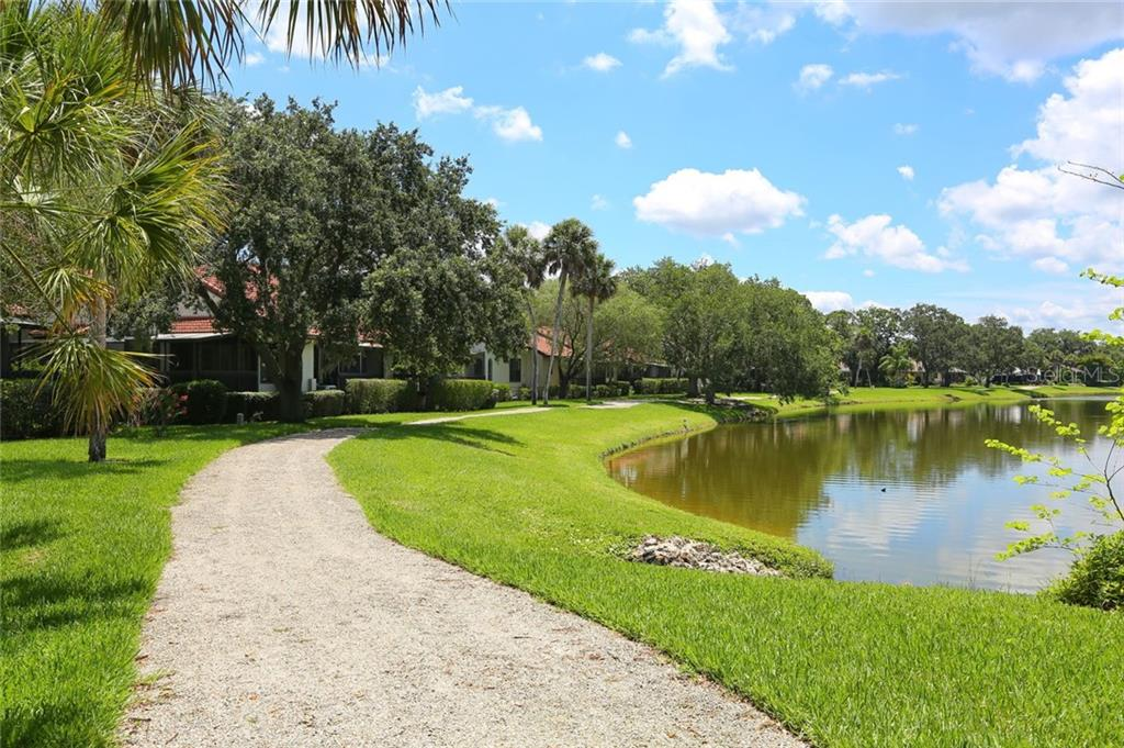 Single Family Home for sale at 4571 Trails Dr, Sarasota, FL 34232 - MLS Number is A4462514