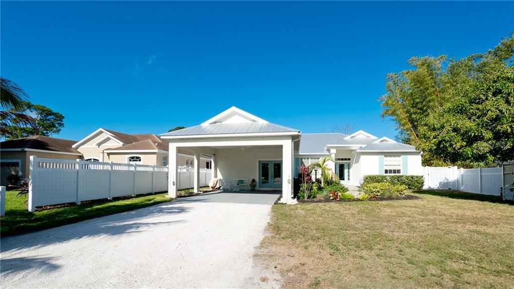 Single Family Home for sale at 410 67th St Nw, Bradenton, FL 34209 - MLS Number is A4463803