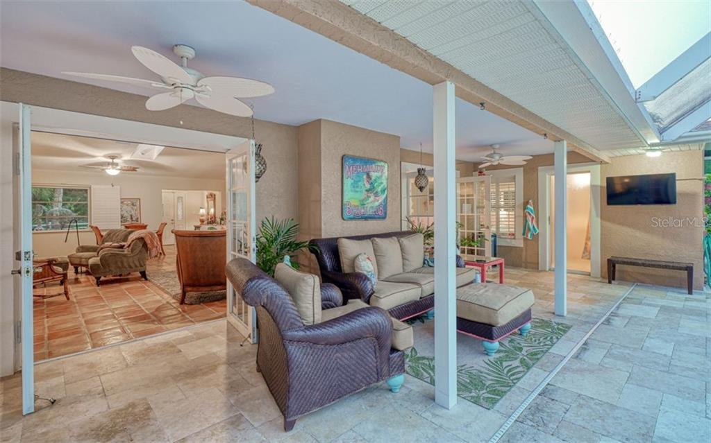 WONDERFUL OUTSIDE ENTERTAINING AREAS FOR RELAXATION - Single Family Home for sale at 3 Winslow Pl, Longboat Key, FL 34228 - MLS Number is A4464990