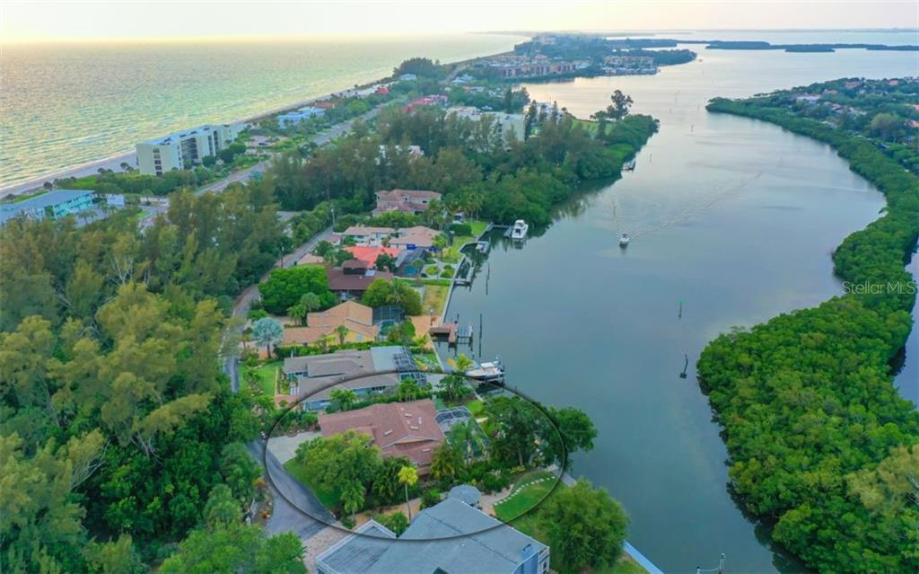 GREAT SAILING WATERS & MINUTES OUT TO SARASOTA BAY - Single Family Home for sale at 3 Winslow Pl, Longboat Key, FL 34228 - MLS Number is A4464990