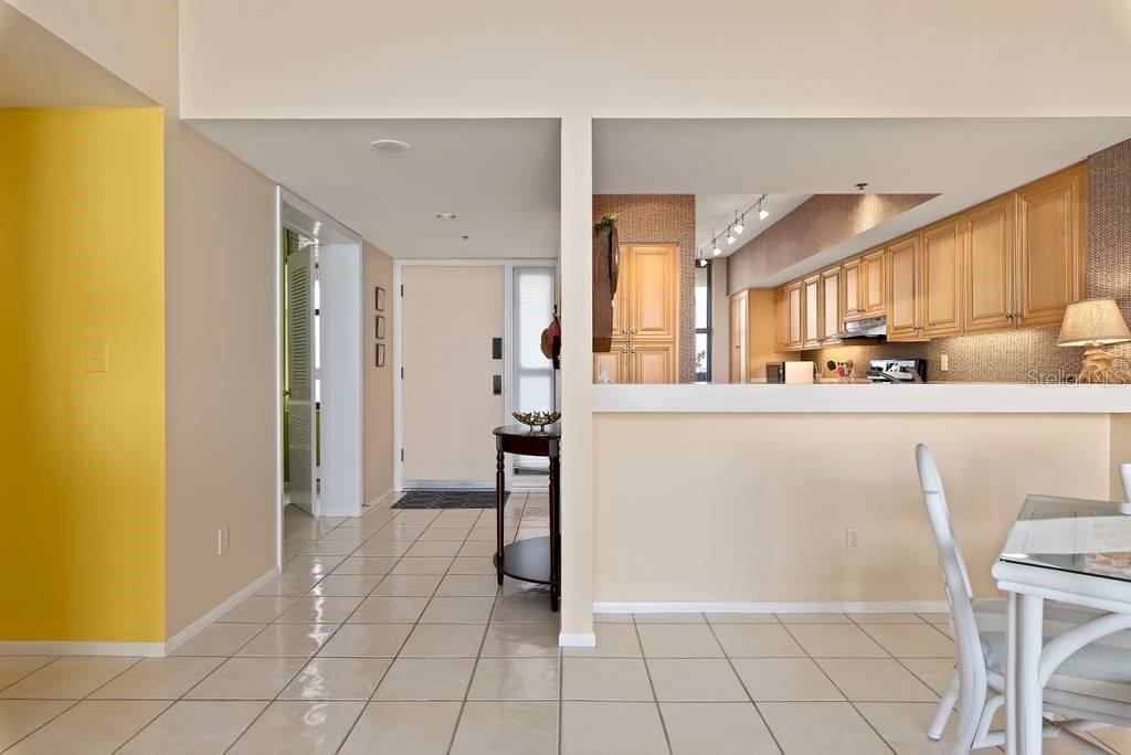 Main areas have tile floors...super easy to keep clean - Condo for sale at 2016 Harbourside Dr #352, Longboat Key, FL 34228 - MLS Number is A4470767