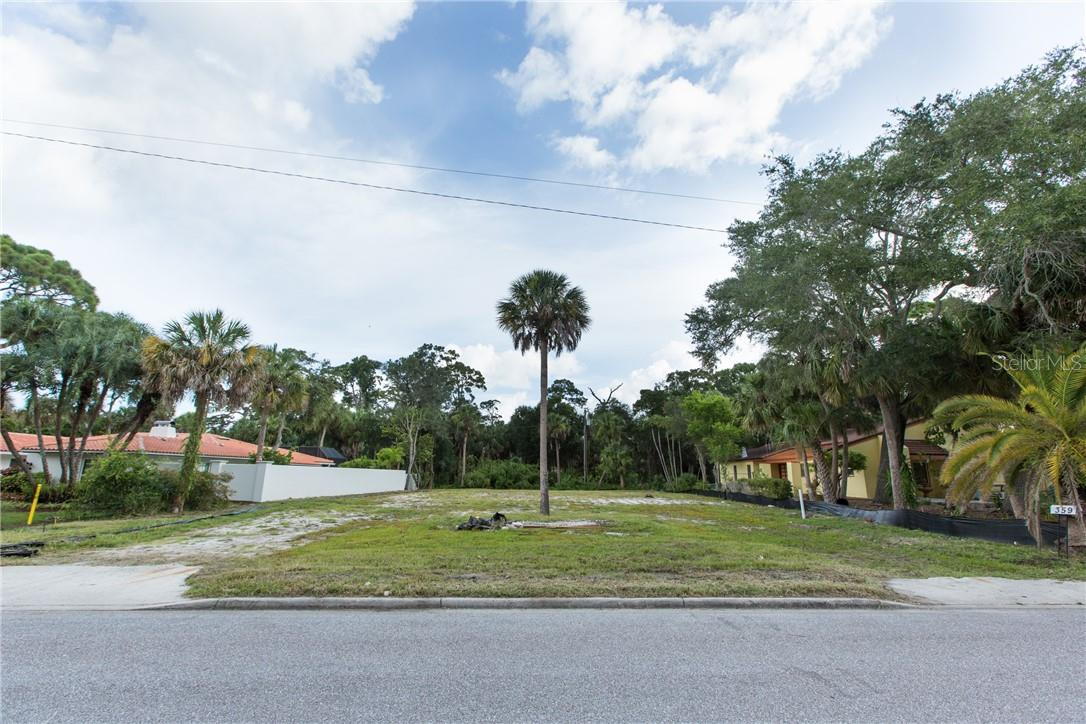 Vacant Land for sale at 359 N Shore Dr, Sarasota, FL 34234 - MLS Number is A4471374