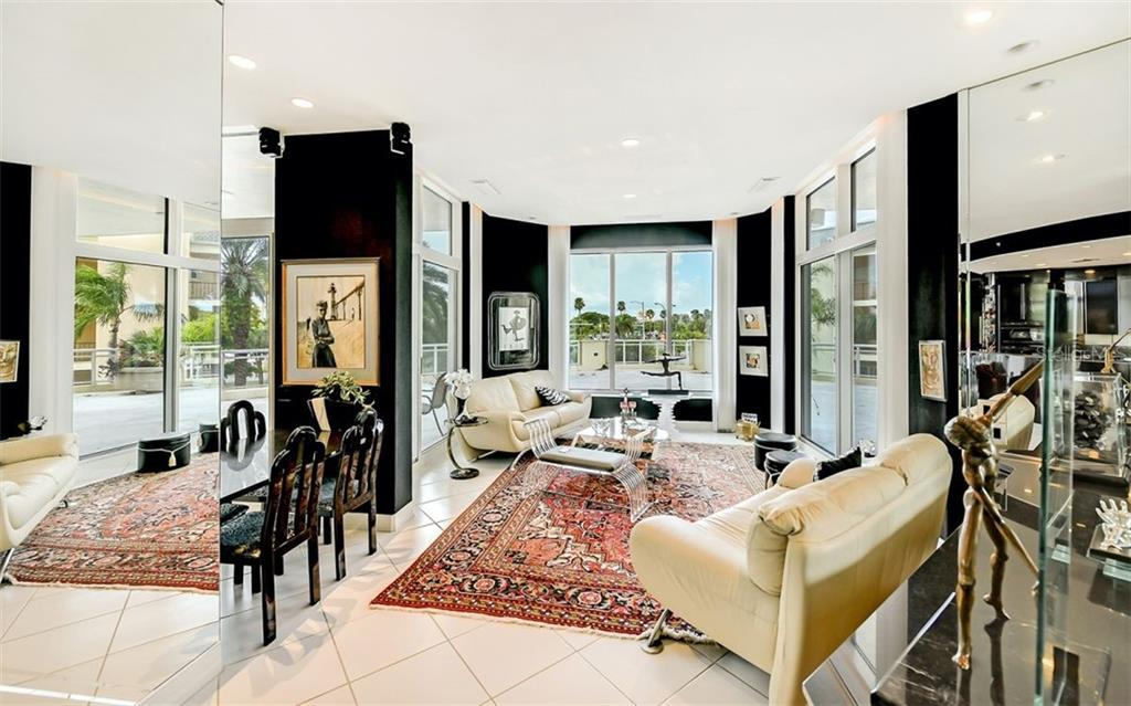 Living Room - Condo for sale at 340 S Palm Ave #Pl1, Sarasota, FL 34236 - MLS Number is A4471687