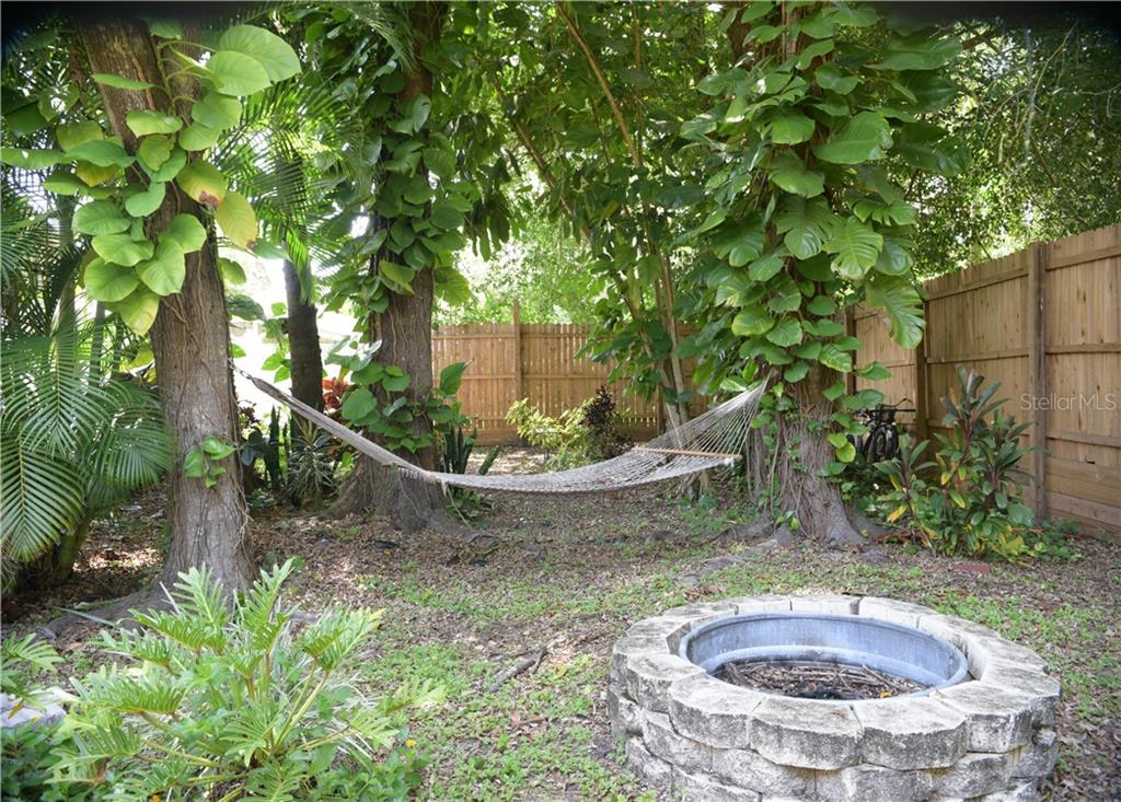 Relax in your tropical oasis. - Single Family Home for sale at 3921 Warren St, Sarasota, FL 34233 - MLS Number is A4474011