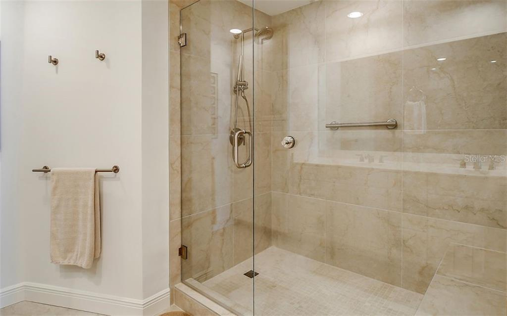 Large walk-in shower - Condo for sale at 1771 Ringling Blvd #1110, Sarasota, FL 34236 - MLS Number is A4474683