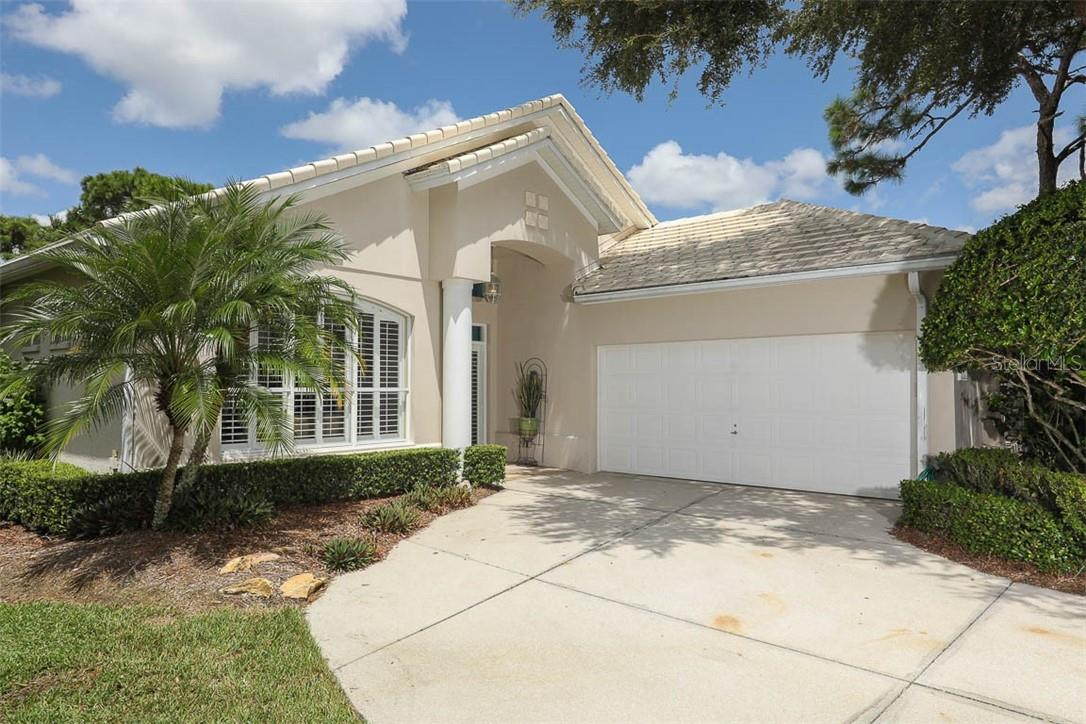 Single Family Home for sale at 7936 Hampton Ct, University Park, FL 34201 - MLS Number is A4476286