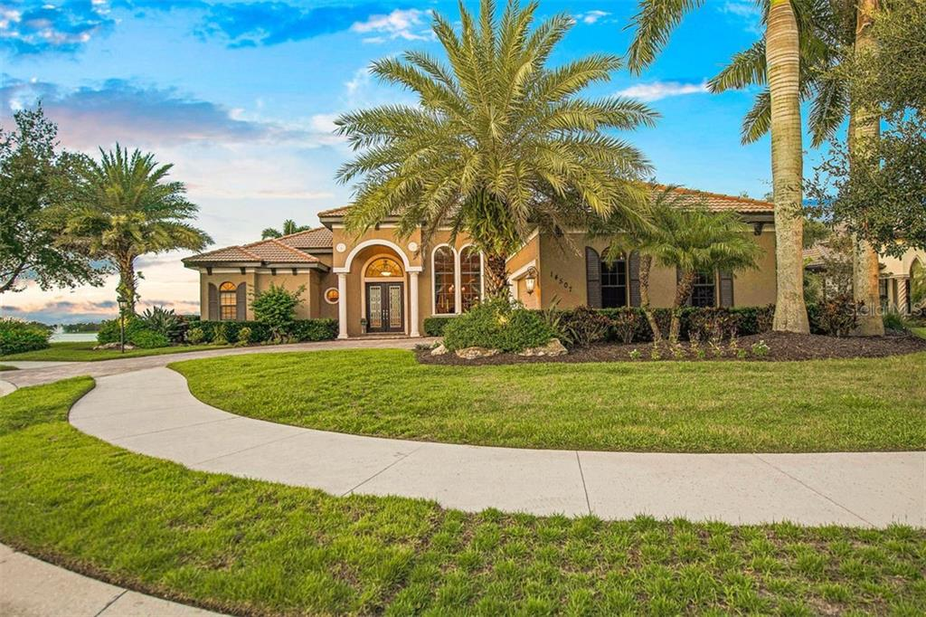 Single Family Home for sale at 14507 Leopard Crk, Lakewood Ranch, FL 34202 - MLS Number is A4478709