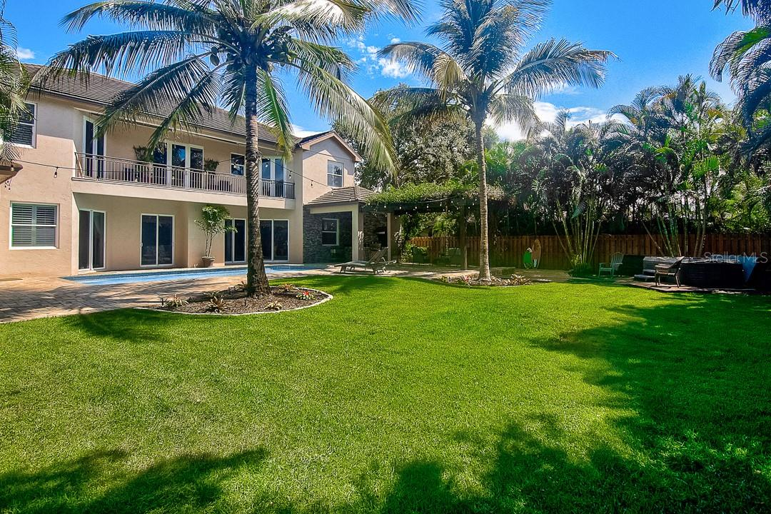 Luscious lawn - Single Family Home for sale at 1839 Buccaneer Ct, Sarasota, FL 34231 - MLS Number is A4479580