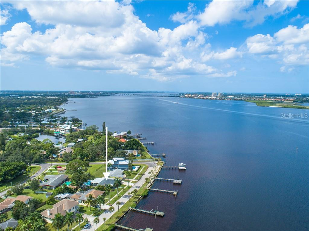 Head west by boat to reach the Intracoastal Waterway, Terra Ceia Bay, Tampa Bay, and the Gulf of Mexico. - Single Family Home for sale at 2408 Riverside Dr E, Bradenton, FL 34208 - MLS Number is A4480609