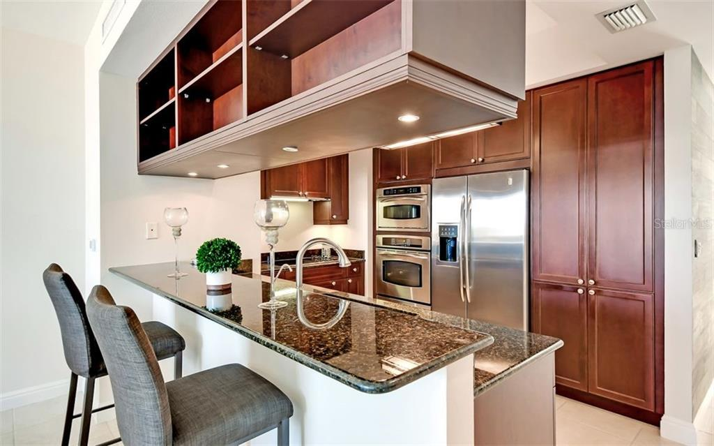 Breakfast bar - Condo for sale at 50 Central Ave #16a, Sarasota, FL 34236 - MLS Number is A4482401