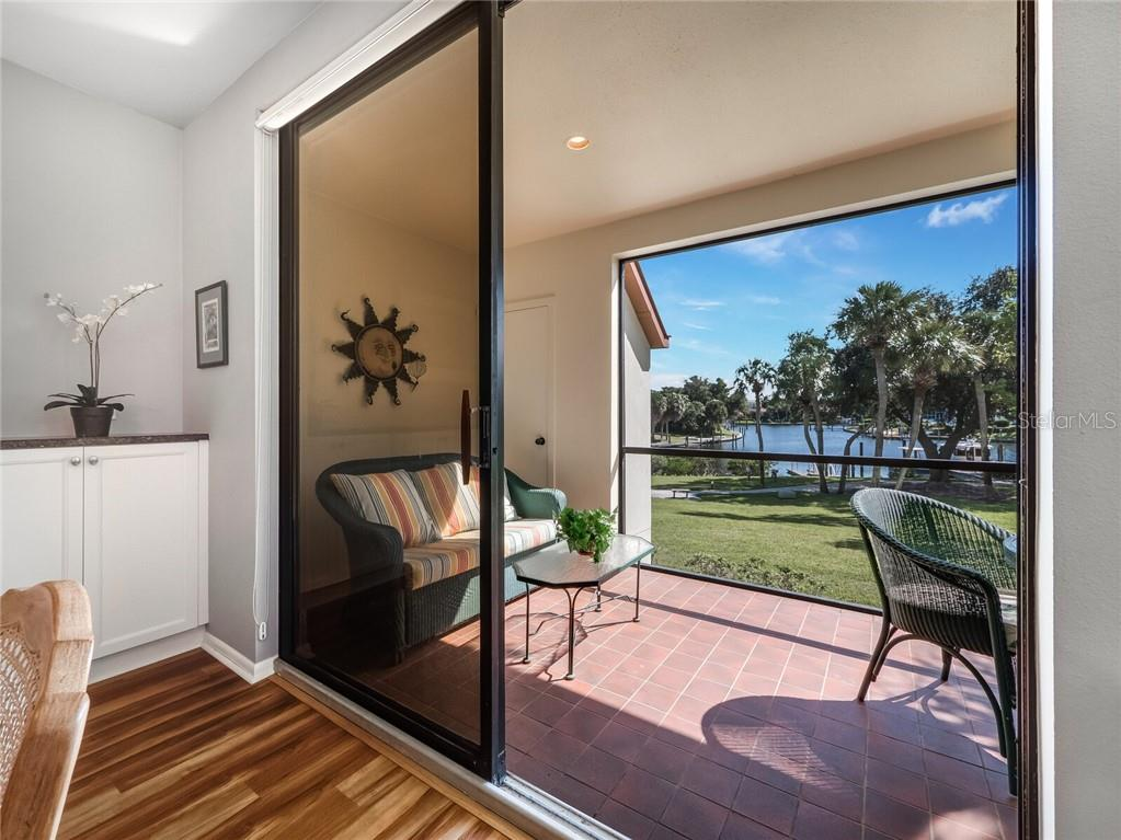 Townhouse for sale at 1914 Harbourside Dr #701, Longboat Key, FL 34228 - MLS Number is A4483185
