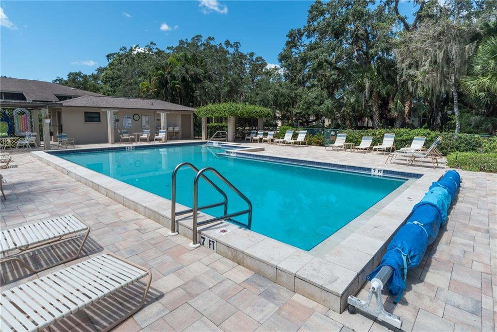 Condo for sale at 3263 W Cross Creek Rd, Sarasota, FL 34231 - MLS Number is A4483312