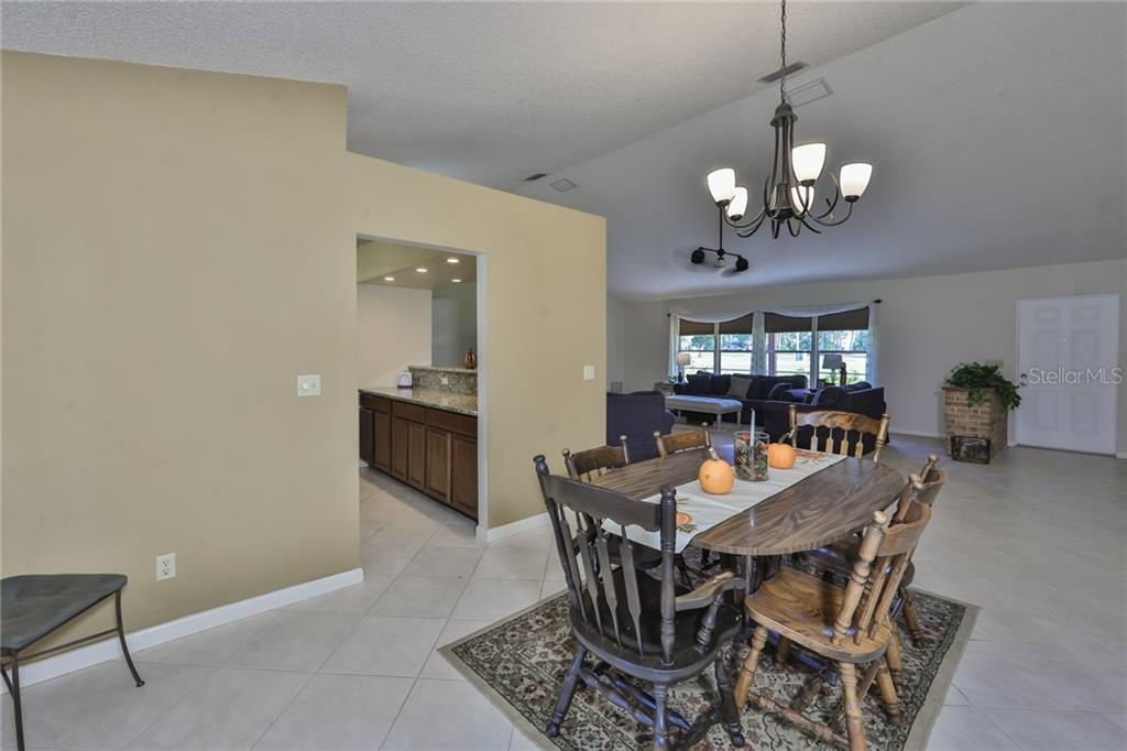 Dining Room - Single Family Home for sale at 6215 Braden Run, Bradenton, FL 34202 - MLS Number is A4484627
