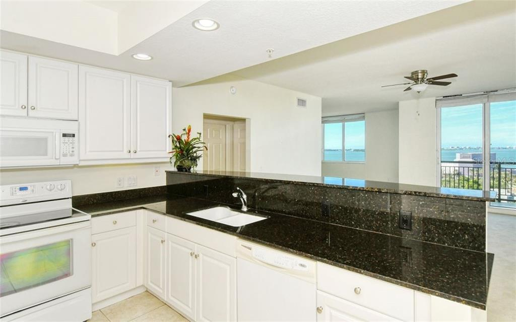 2nd bedroom - Condo for sale at 800 N Tamiami Trl #1007, Sarasota, FL 34236 - MLS Number is A4485565