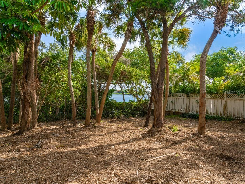 REAR OF LOT BY WATER - Single Family Home for sale at 4001 Casey Key Rd, Nokomis, FL 34275 - MLS Number is A4487481