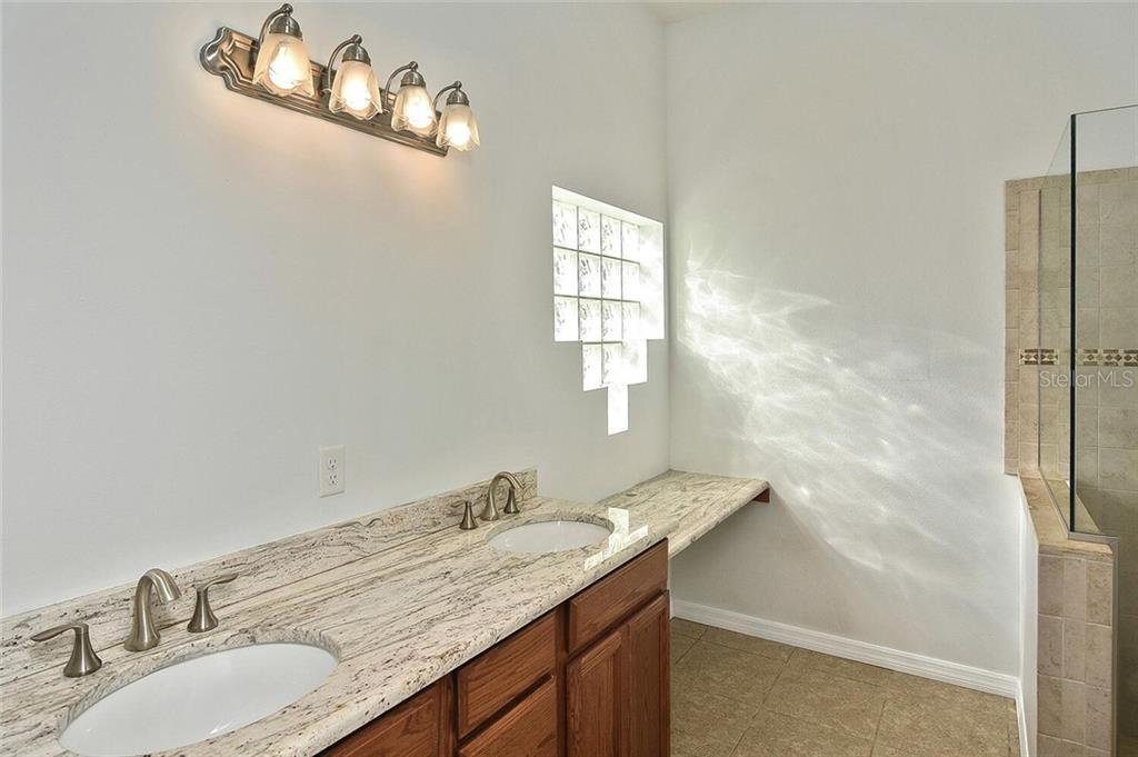 Master bathroom - Single Family Home for sale at 4339 Manfield Dr, Venice, FL 34293 - MLS Number is A4488140