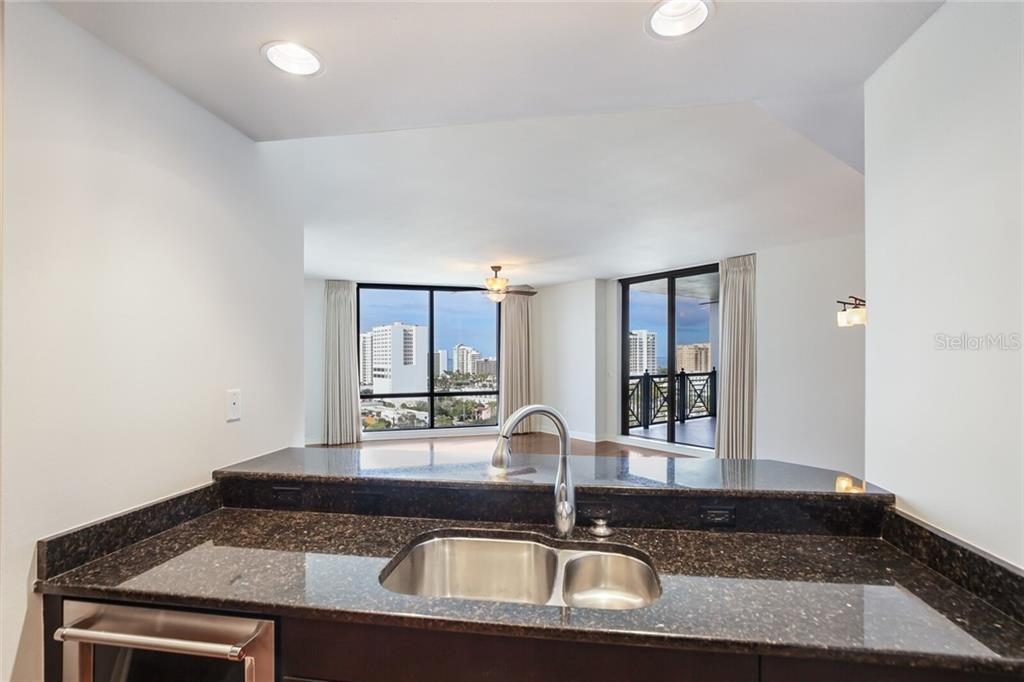 Condo for sale at 50 Central Ave #11e, Sarasota, FL 34236 - MLS Number is A4488356