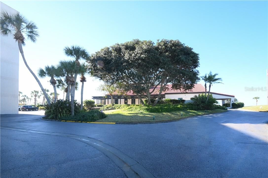 Seaplace Beach Pathway - Condo for sale at 1945 Gulf Of Mexico Dr #M2-505, Longboat Key, FL 34228 - MLS Number is A4489188