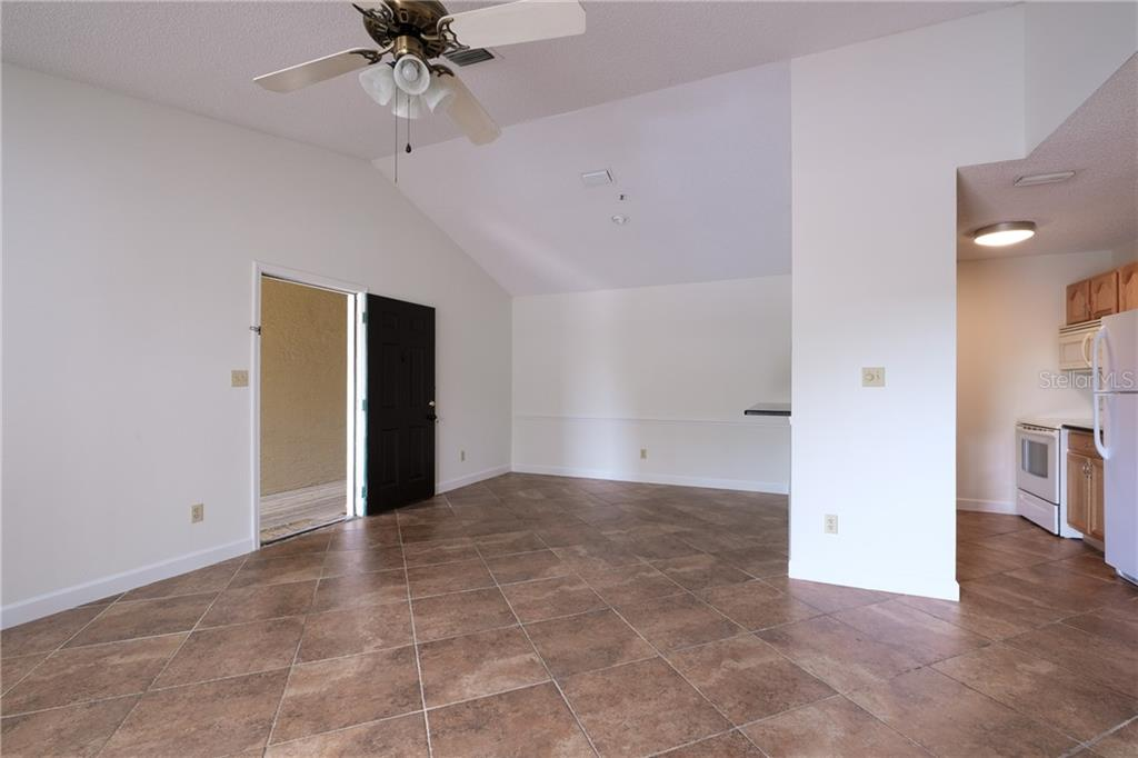 Condo for sale at 4037 Crockers Lake Blvd #27, Sarasota, FL 34238 - MLS Number is A4490371