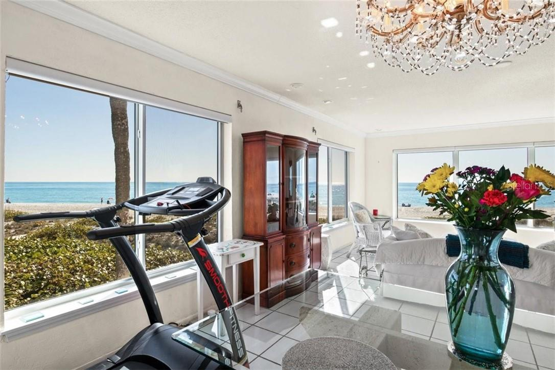Impact Windows and Electric Shades - Condo for sale at 5400 Gulf Dr #44, Holmes Beach, FL 34217 - MLS Number is A4493017