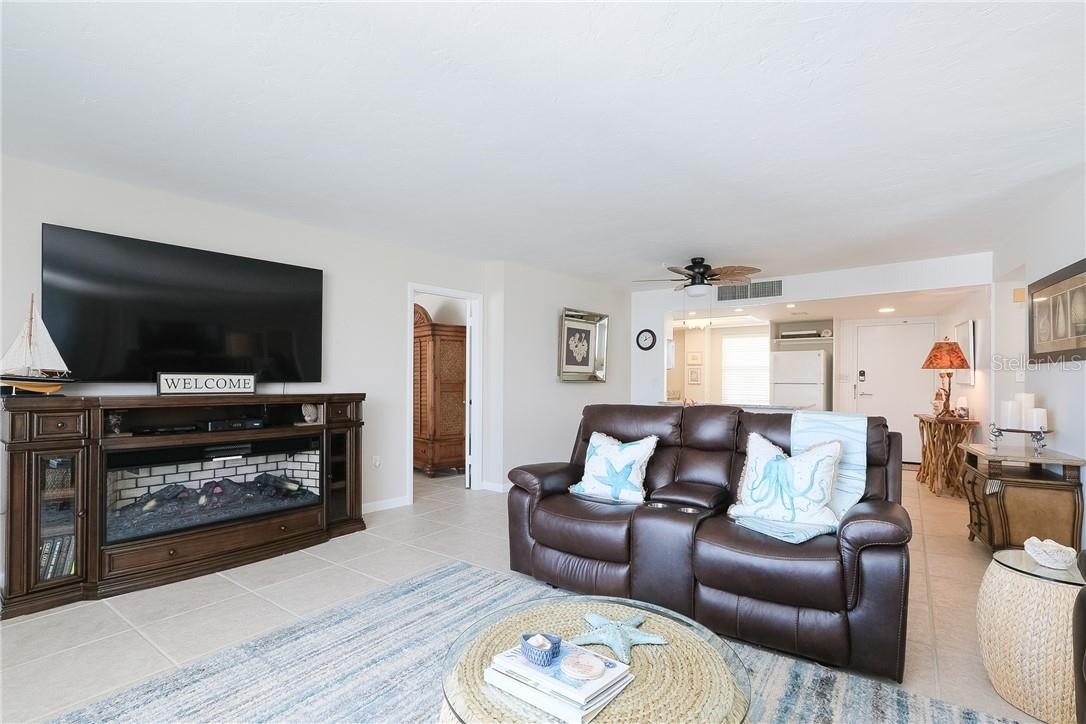 Living Room - Condo for sale at 6300 Midnight Pass Rd #701, Sarasota, FL 34242 - MLS Number is A4496847