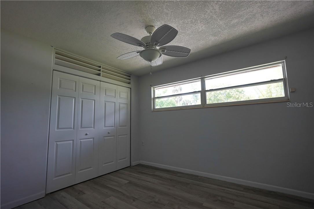 Single Family Home for sale at 6607 Lincoln Rd, Bradenton, FL 34203 - MLS Number is A4497254