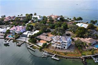 325 S Shore Dr, Sarasota, FL 34234