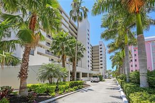 11 Sunset Dr #205, Sarasota, FL 34236