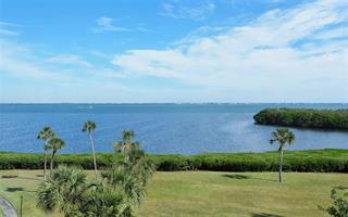 4700 Gulf Of Mexico Dr #ph6, Longboat Key, FL 34228