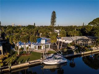 5439 Azure Way, Sarasota, FL 34242