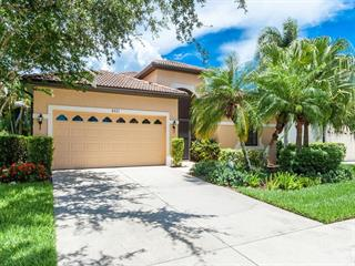 8021 Stirling Falls Cir, Sarasota, FL 34243
