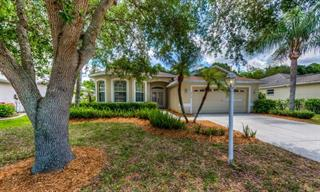 8215 46th Ct E, Sarasota, FL 34243