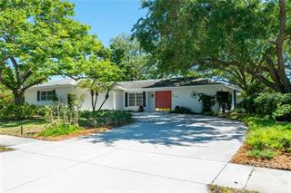 2902 Mayflower St, Sarasota, FL 34231