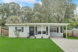 3224 Williamsburg St, Sarasota, FL 34231