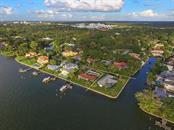 1502 Sandpiper Ln, Sarasota, FL 34239 - thumbnail 5 of 15