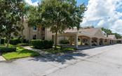811 Fairwaycove Ln #102, Bradenton, FL 34212