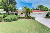 8366 Shadow Pine Way, Sarasota, FL 34238
